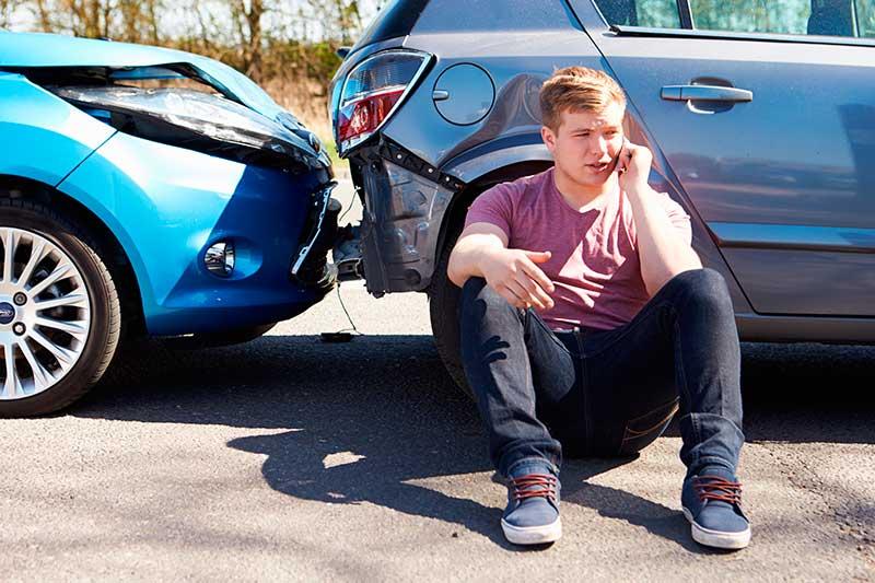Responsabilidad por daños materiales en accidente de trafico: cuando no se puede determinar el grado de culpa de cada conductor